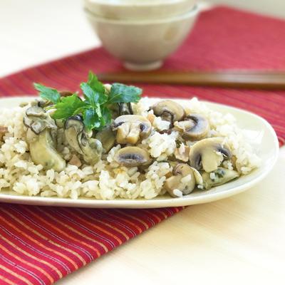 マッシュルームと牡蠣の炊き込みご飯