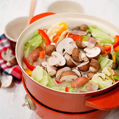 ブラウンマッシュルームとカラフル野菜の豆乳ポトフ
