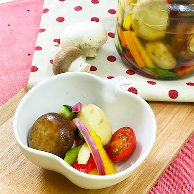 カンタン酢で作る野菜とマッシュのピクルス